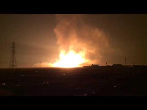 ویدئو انفجار مهیب در خطوط لوله نفت و گاز گناوه