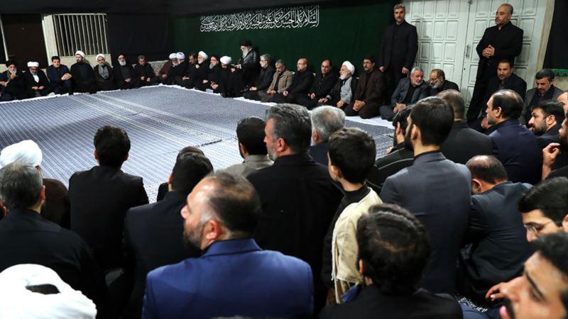 دور نشاندن احمدینژاد از خامنهای در شام غریبان
