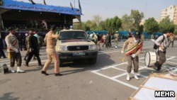 حمله به یک رژه نظامی در شهر اهواز دستکم ۲۴ نفر کشته برجای گذاشت.