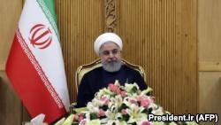 حسن روحانی میگوید تحریمهای آمریکا تنها به زیان ایران نیست، بلکه «به زیان شرکتهای بینالمللی نیز بوده است».