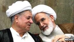 هاشمی رفسنجانی، در مقام رئیس وقت مجلس خبرگان رهبری مخاطب یکی از نامههای مهدی کروبی بود.